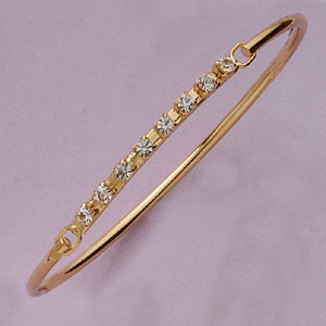 Great Eight Sparkling Crystal Open & Close  Bangle