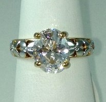 DR175 - TWO-TONE OVAL CZ SOLITAIRE RING (ONLY #7)