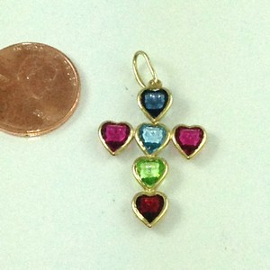D9194 - MULTI-COLOR HEARTS CROSS