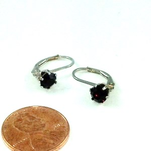 DE053 - STERLING SILVER GARNET AUSTRIAN CRYSTAL FRENCH-BACK EARR