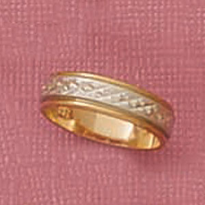 Two Tone Etched Middle Band Ring