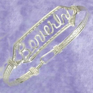 SS KID'S PERSONALIZED CLASPED BANGLE