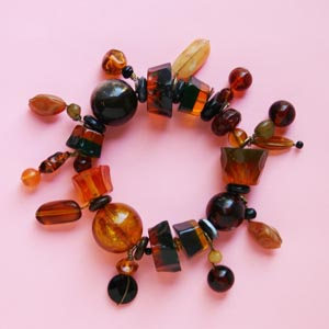 Amber Color Fashion Bead Stretch Bracelet
